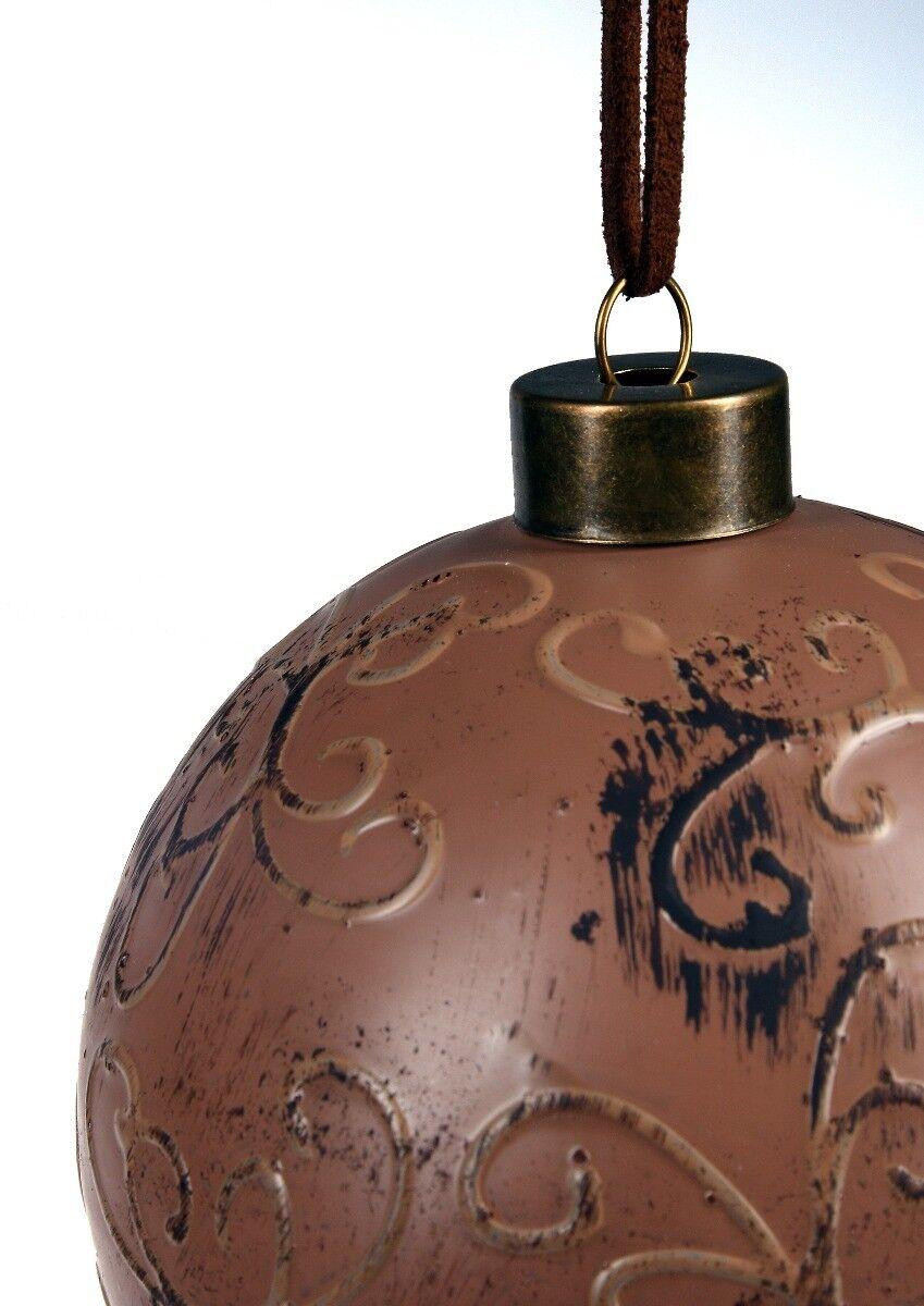 Brązowa bombka z tłoczonym wzorem 10cm